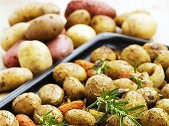 Rostad örtig potatis