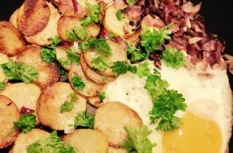 Potatispanna med ägg